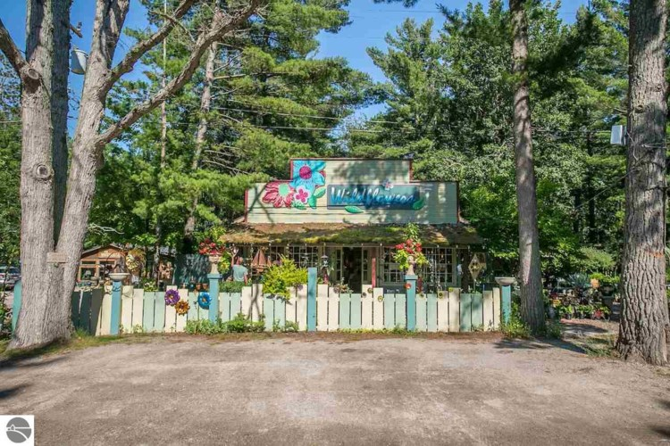 6125 S Glen Lake Road, Glen Arbor, MI 49636