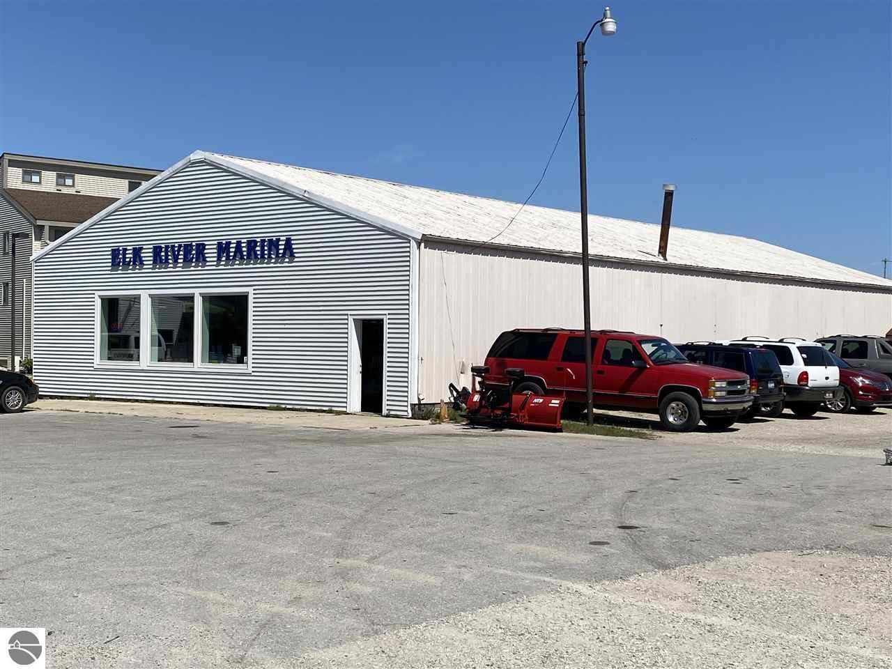 118 N Bridge Street, Elk Rapids, MI 49629