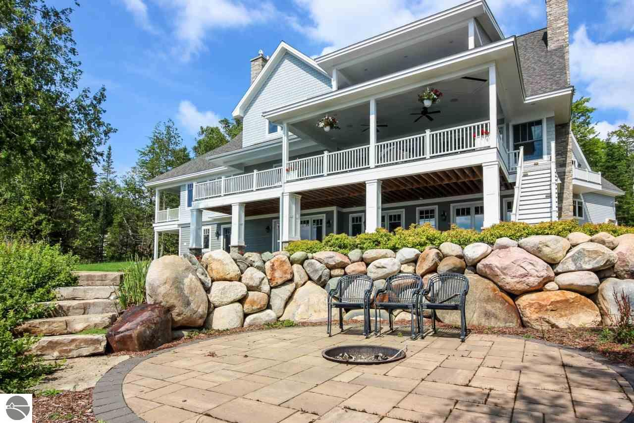 133 N East Torch Lake Drive, Central Lake, MI 49622
