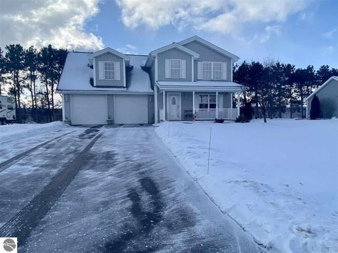 5113 S Colonial Drive, Traverse City, MI 49684