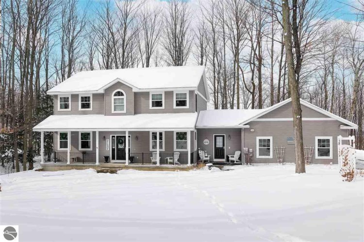143 Whispering Woods Drive, Traverse City, MI 49696