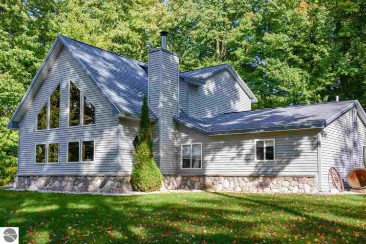3813 White Birch Drive, Grawn, MI 49637