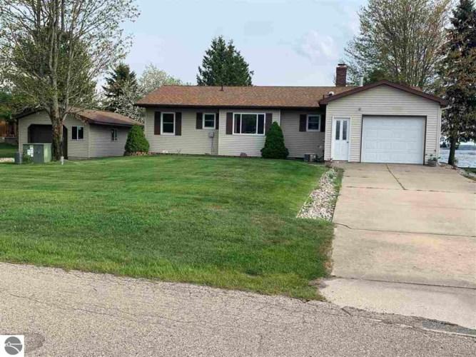 6680 W Redman Drive, Lake City, MI 49651