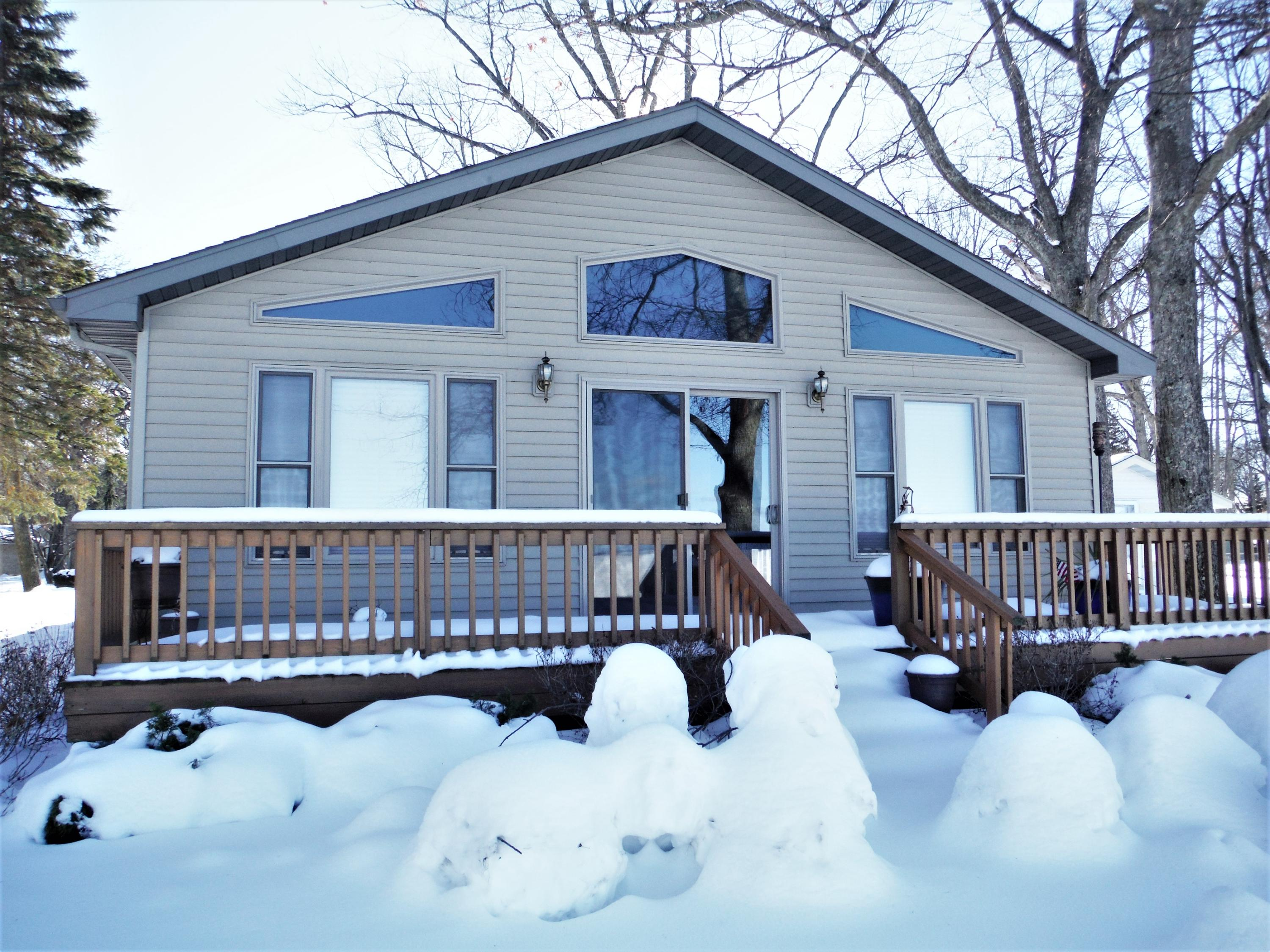 506 Houghton View Drive, Prudenville, MI 48651