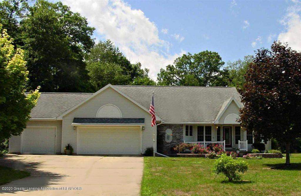 12044 COUNTRY RIVER DR, Rives Junction, MI 49277