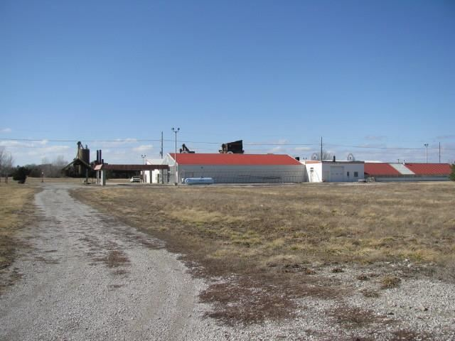 2723  Kingman Road, Ottawa, KS 66067