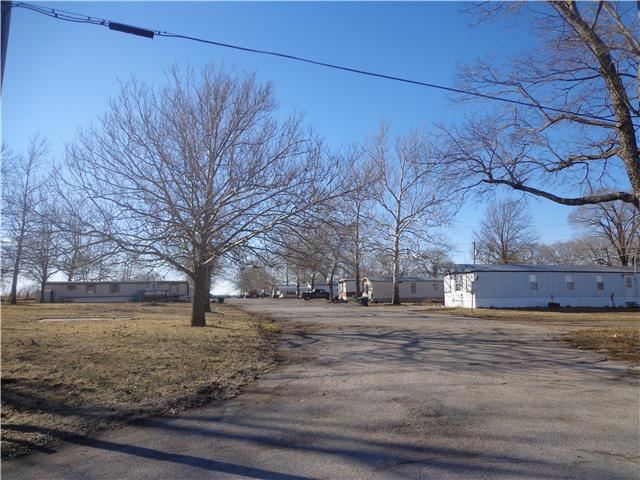 32470  Lone Star Road, Paola, KS 66071