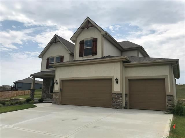 841  Canyon Lane, Lansing, KS 66043