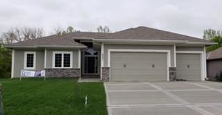 2001  Ridge Tree Drive, Pleasant Hill, MO 64080