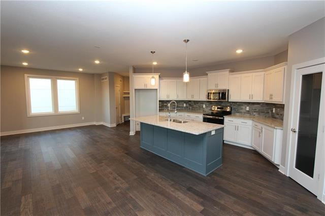 14810 NW 66th Terrace, Parkville, MO 64152
