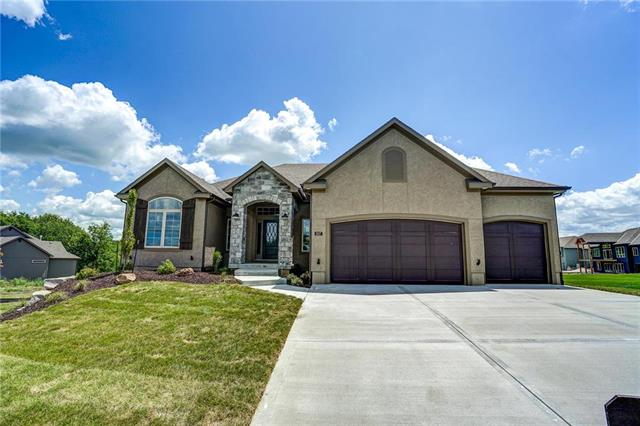 807  Hampstead Drive, Raymore, MO 64083