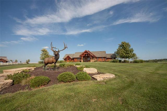 32803 S Route D Highway, Drexel, MO 64742