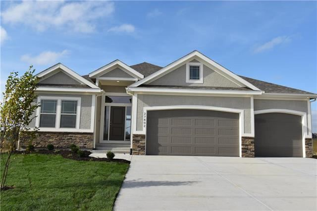 401 SW Chelmsford Drive, Blue Springs, MO 64014