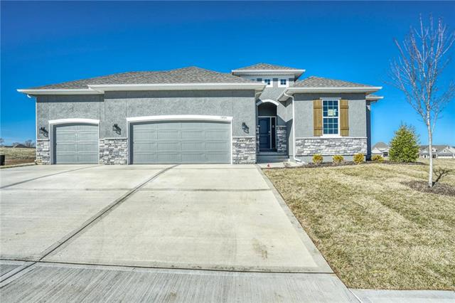 1404  Spurlock Cove, Raymore, MO 64083