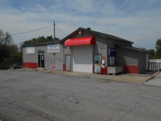 2304 N. US 69 Hwy. Highway, Excelsior Springs, MO 64024