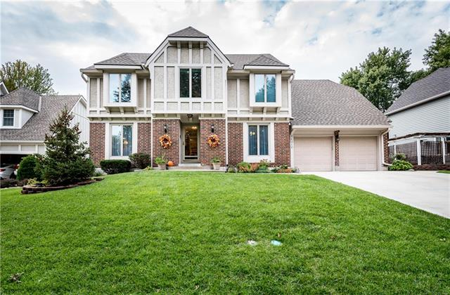 16010 W Beckett Lane, Olathe, KS 66062