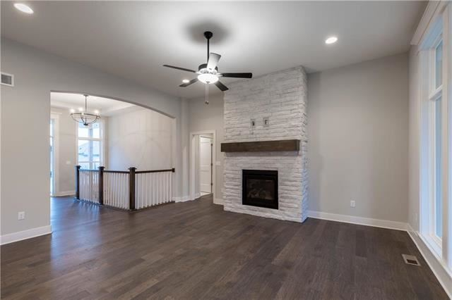 10600 W 132nd Place, Overland Park, KS 66213