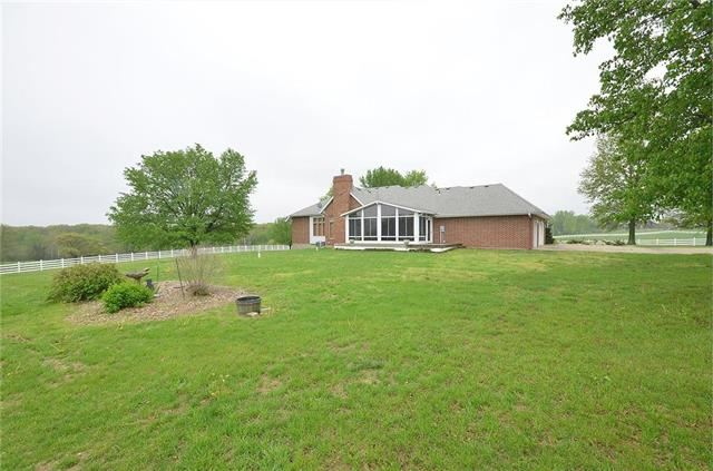 17280  158th Street, Basehor, KS 66007