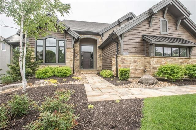 12711 W 160th Terrace, Overland Park, KS 66221