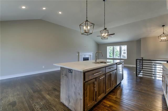 2112  Bradford Place, Excelsior Springs, MO 64024