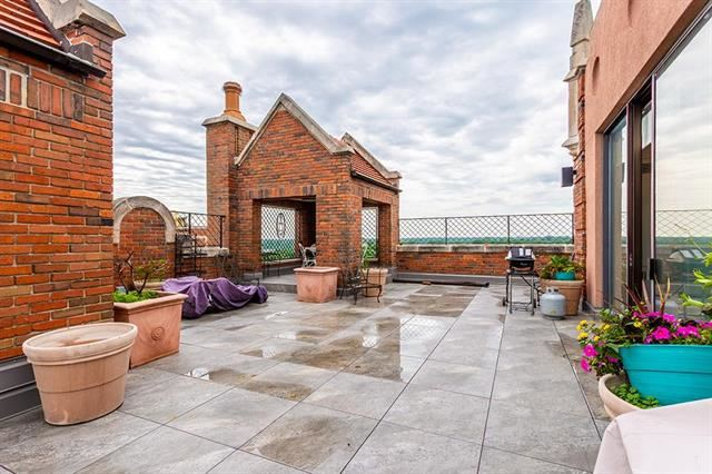 5049  Wornall Road Unit 10, 11AB, Kansas City, MO 64112