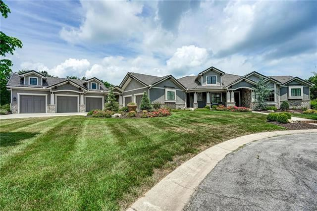 4720 NW Canyon Circle, Lee's Summit, MO 64064