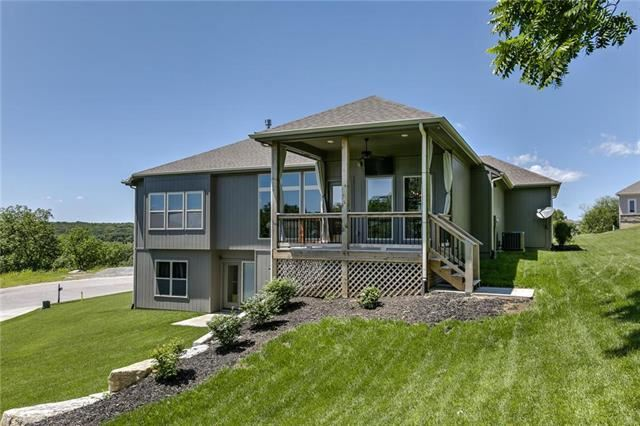 14805 NW 66th Terrace, Parkville, MO 64152