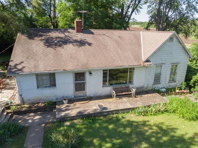 2661 SW Sampson Road, Lee's Summit, MO 64082