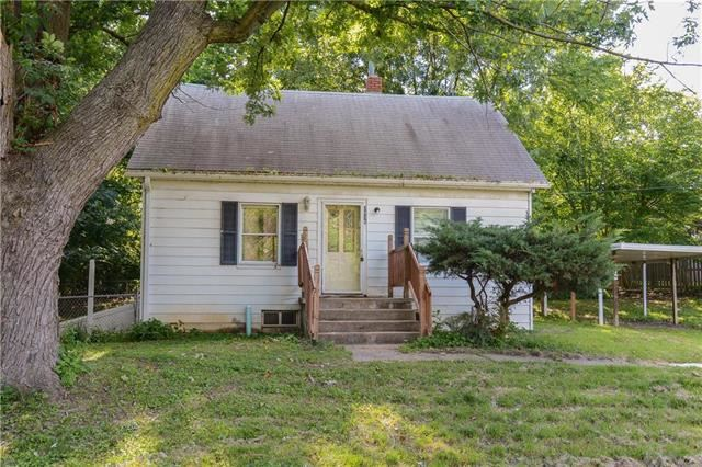 2036  James Downey Road, Independence, MO 64057
