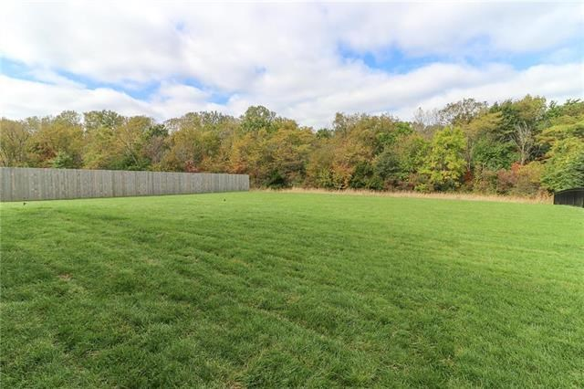 2500 SW River Trail Road, Lee's Summit, MO 64082