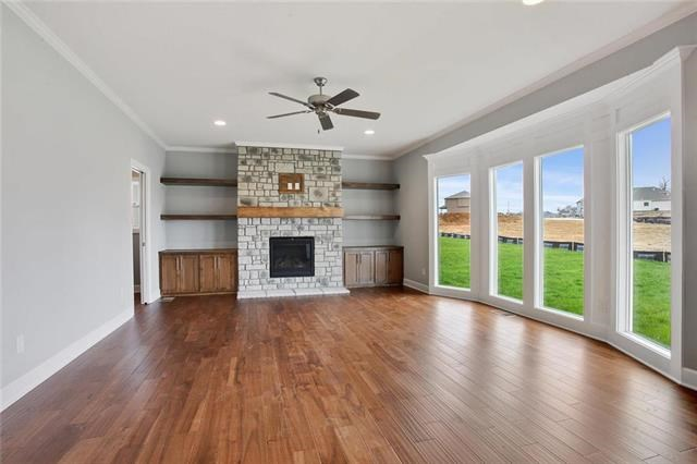 13815 NW 73rd Street, Parkville, MO 64152