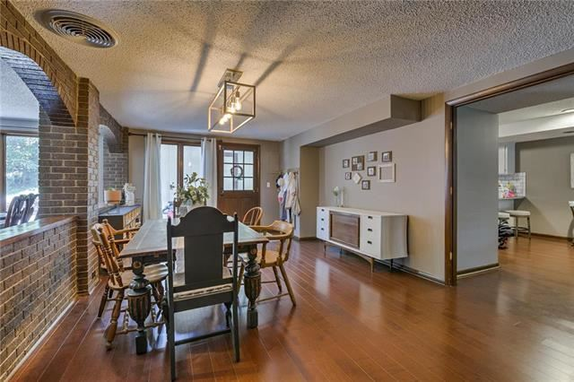 1214  Michele Drive, Excelsior Springs, MO 64024