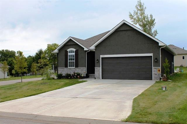 4000 NW ECLIPSE Place, Blue Springs, MO 64015
