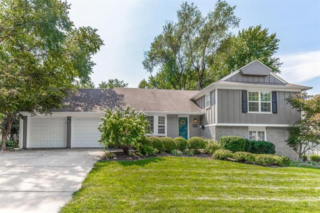 6109 W 94th Terrace, Overland Park, KS 66207
