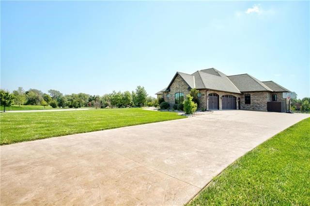 3375 W 198TH Street, Stilwell, KS 66085