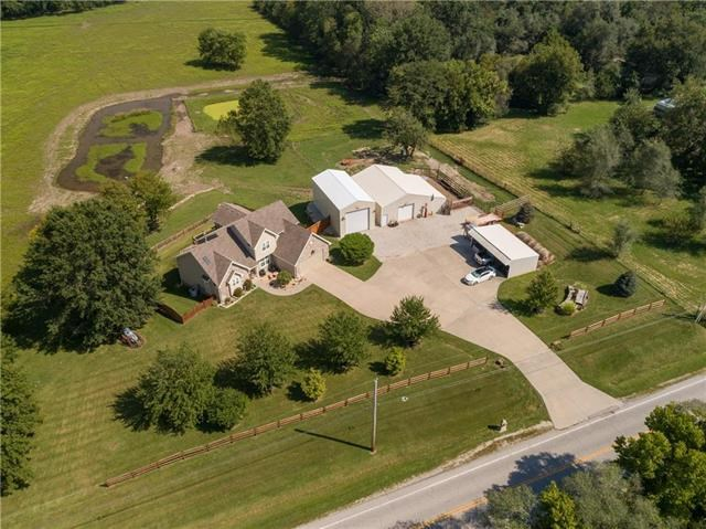 3721 S Outer belt Road, Oak Grove, MO 64075