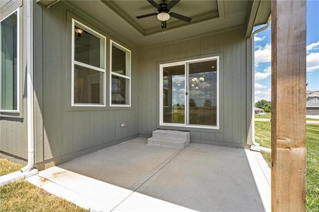 1618  March Lane, Raymore, MO 64083