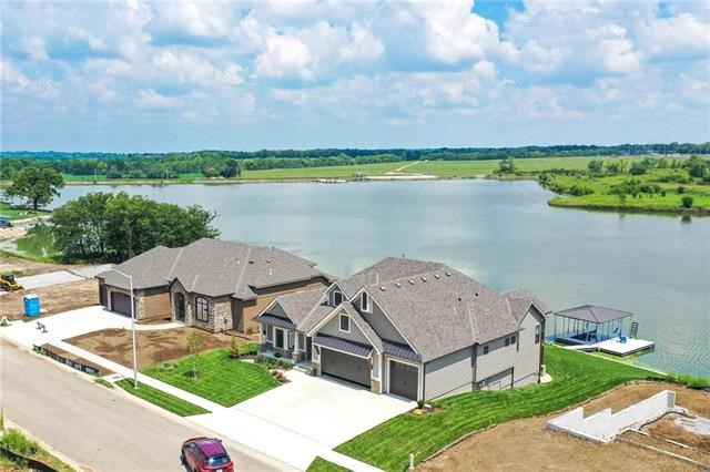 504  Bentwater Drive, Raymore, MO 64083