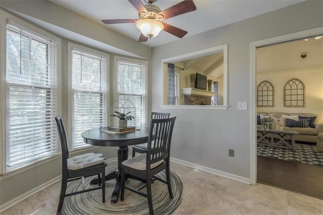 11401 W 99th Place, Overland Park, KS 66214