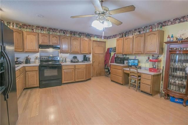 382 SW 1001 Road, Holden, MO 64040