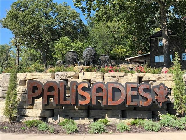 4110  Palisades Point, Riverside, MO 64150