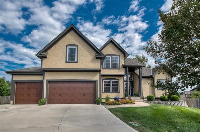 2516 SW KENWILL Court, Lee's Summit, MO 64082