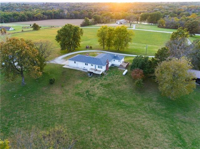 15709 S Evans Road, Pleasant Hill, MO 64080