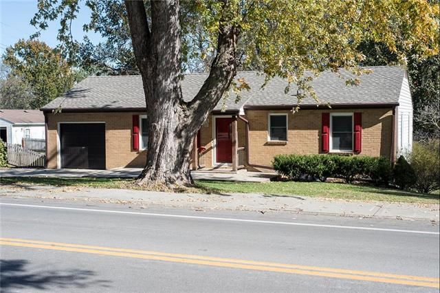 109 SW Murray Road, Lee's Summit, MO 64081