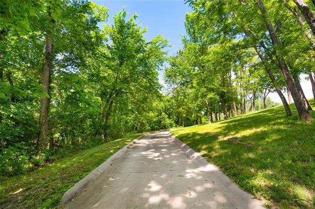 22350 Grass Pad Road, Platte City, MO 64079