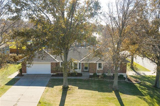617 W Maple Street, Raymore, MO 64083