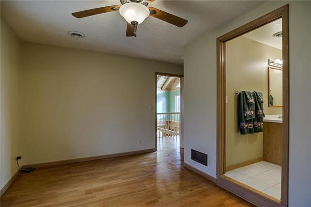 15226  Lakeshore Drive, Excelsior Springs, MO 64024