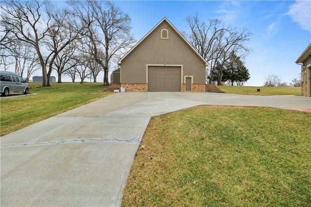 14617  Fox Run Drive, Kearney, MO 64060