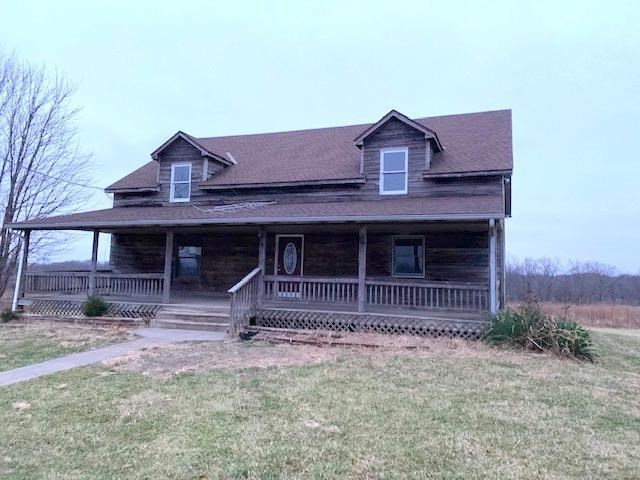 740 SW 500 Road, Centerview, MO 64019