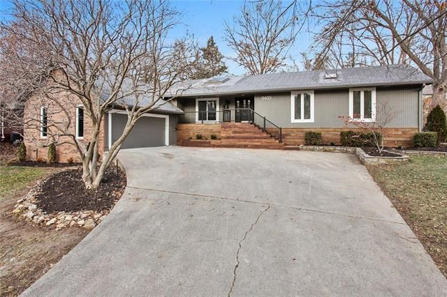 9400 NW 77th Terrace, Weatherby Lake, MO 64152